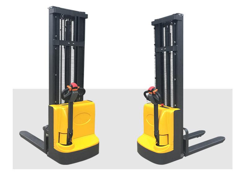 步行式电动堆高车3