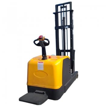平衡重式全电动堆高车CPD10S