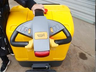 电动托盘搬运车的价格主要受哪些方面的影响呢?