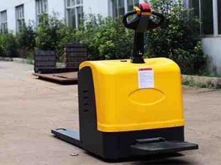 电动液压叉车的液压系统有哪些特性?