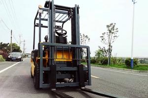 电动液压叉车安全操作规范有哪些?